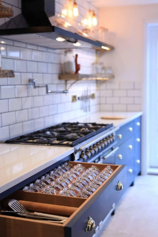 Handmade Kitchen in Holland Park 13