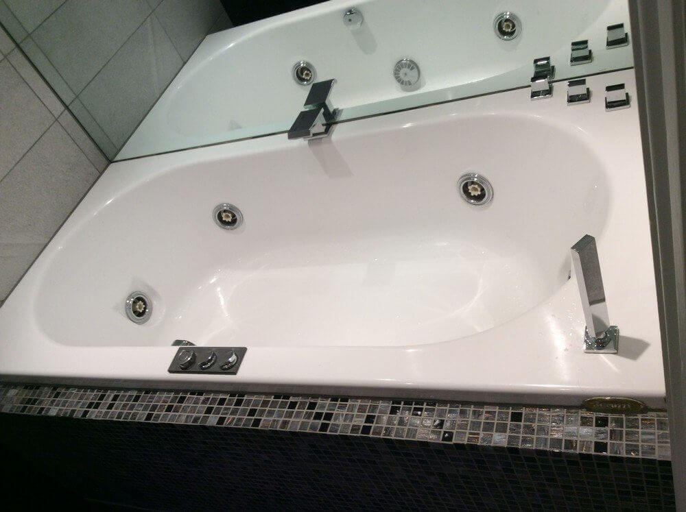 Shower and Jacuzzi Bathroom Renovation in South Kensington 3