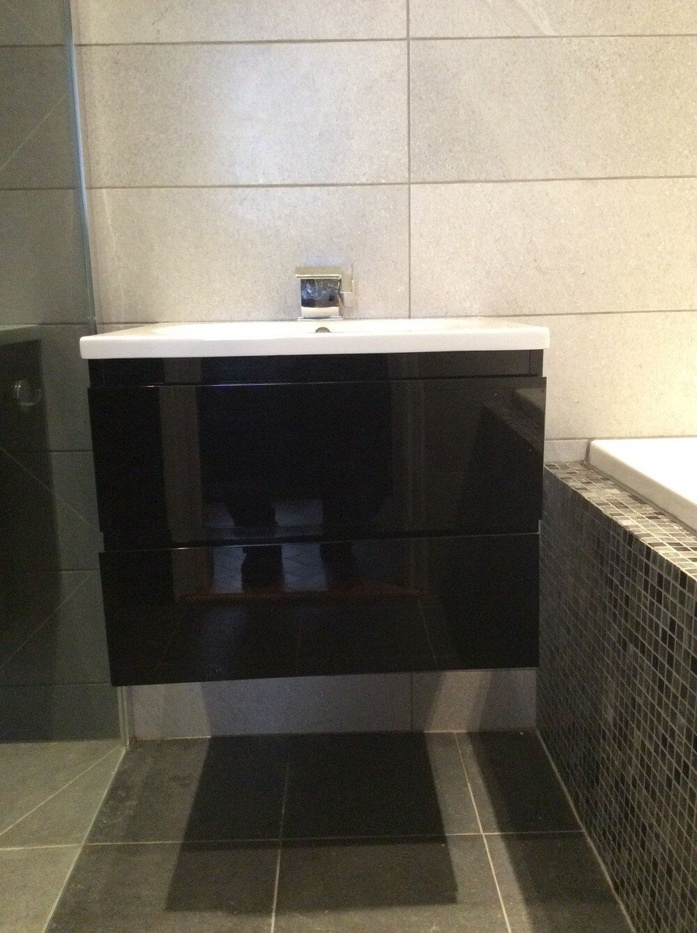 Shower and Jacuzzi Bathroom Renovation in South Kensington 4