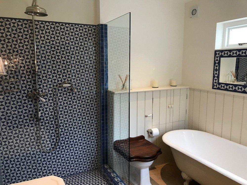 Bath & Shower Room Fittings in Shepherd's Bush 9